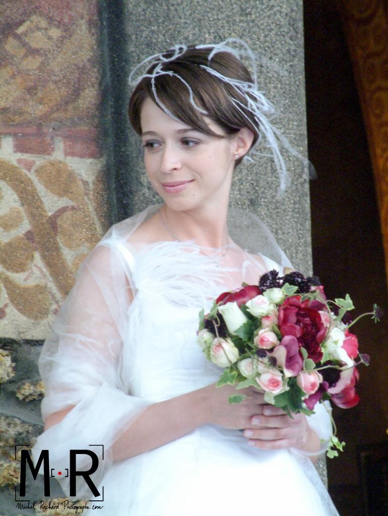 Mariage-mariee-au-bouquet-Michel-Richard-couleur