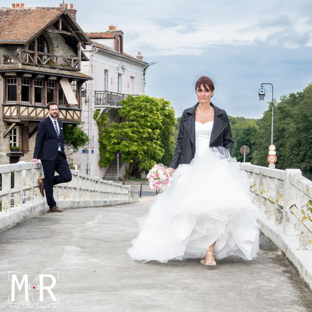 Mariage- les mariés sur le pont - mariage rock- Michel Richard