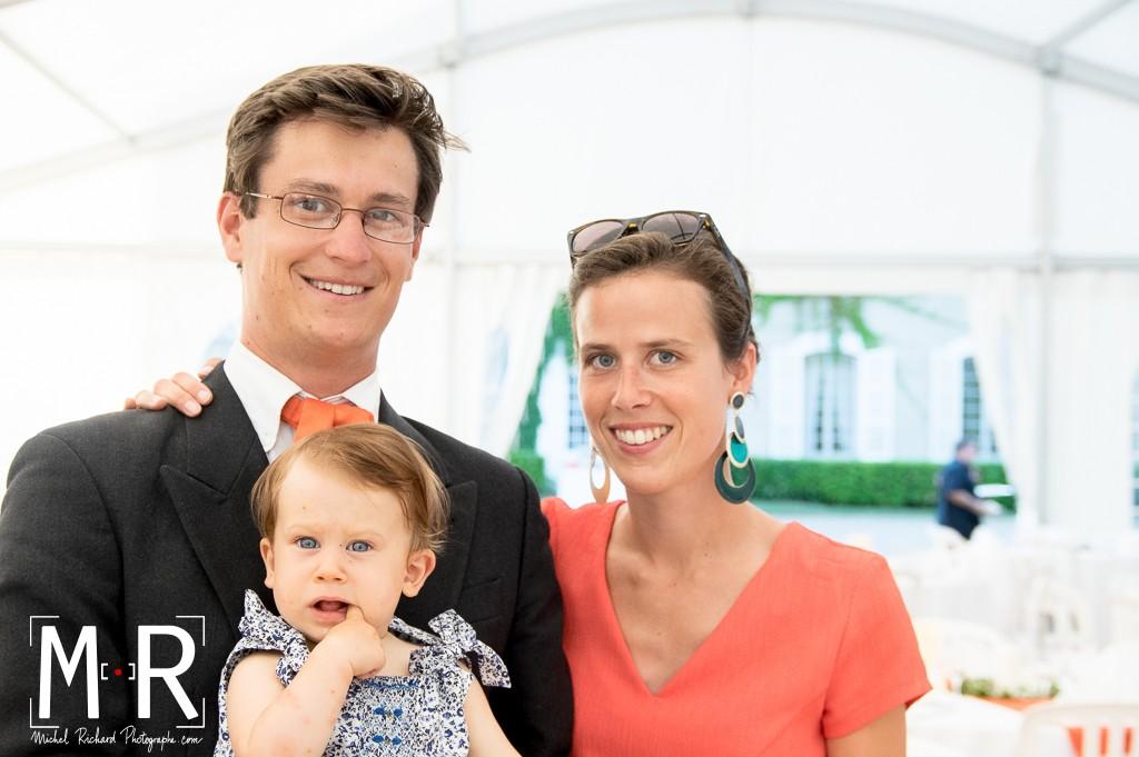 portrait de famille avec bébé