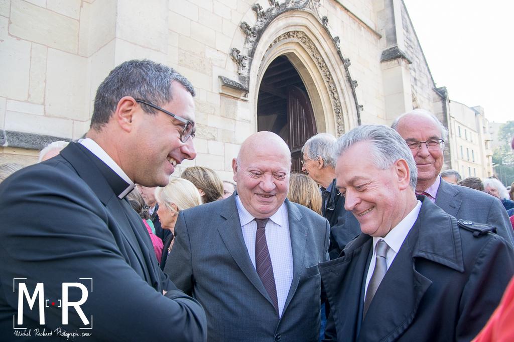 le prêtre, le député et le maire. Bertrand Auville, André Santini et Bernard Gauducheau