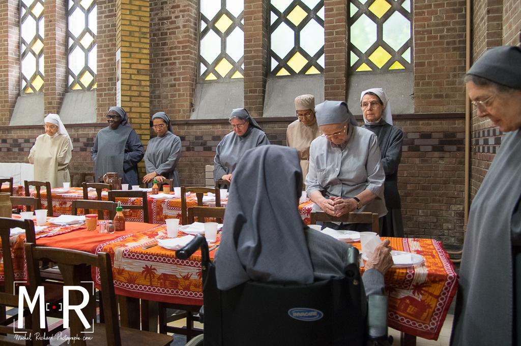 monastère, bénédictine, temps du repas, bénédicité