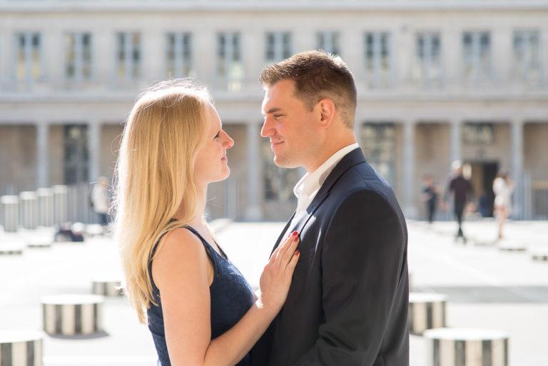 séance couple au Palais-Royal à Paris