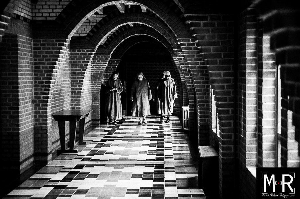 catholique-cloitre-monastere-tarantino-chretien