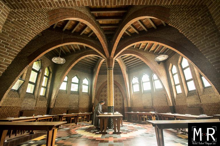 catholique-moniale-monastere-architecture-refectoire