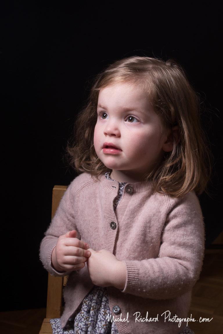 enfant-photographe-vanves-issy-clamart-paris-studio-malakoff-fille