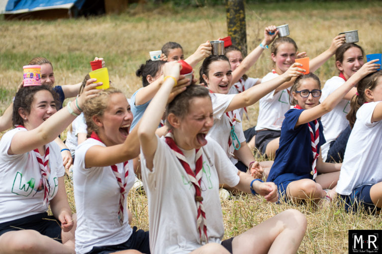 guides-jeu-joie-scoutisme-camp