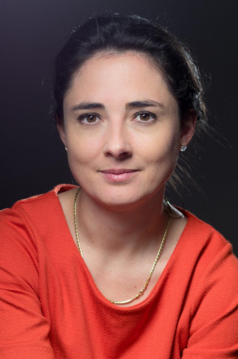 portrait-entreprise-presse-directrice