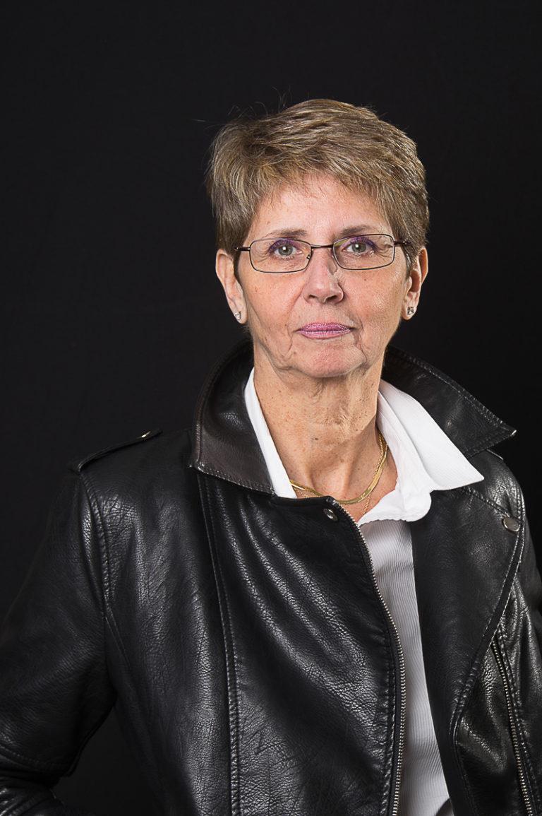 portrait-femme-mannequin-senior, photographe à Paris et Issy-les-Moulineaux
