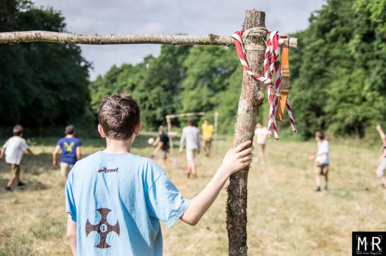 scouts-eclaireurs-jeu-football-camp